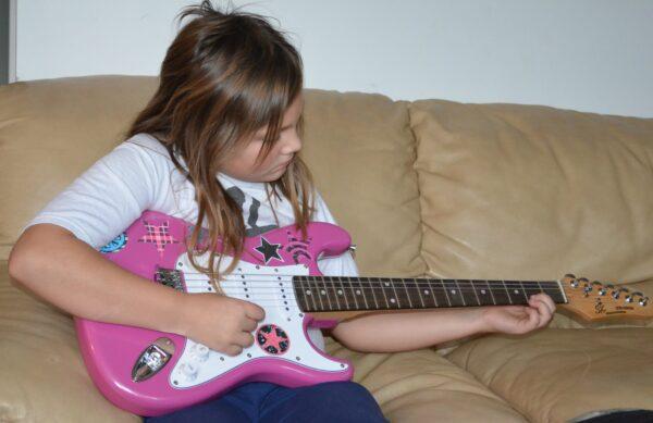 Seph guitar 1