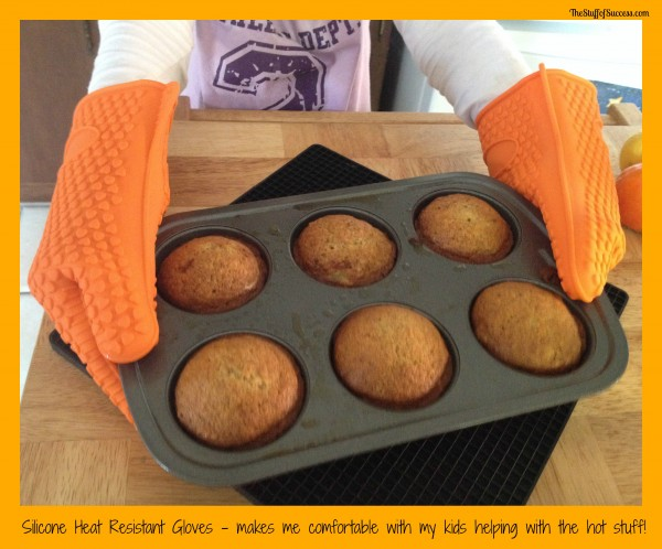 Silicone Heat Resistant Baking Gloves (2)
