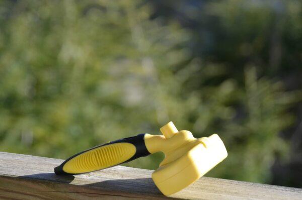 Slicker Brush 2