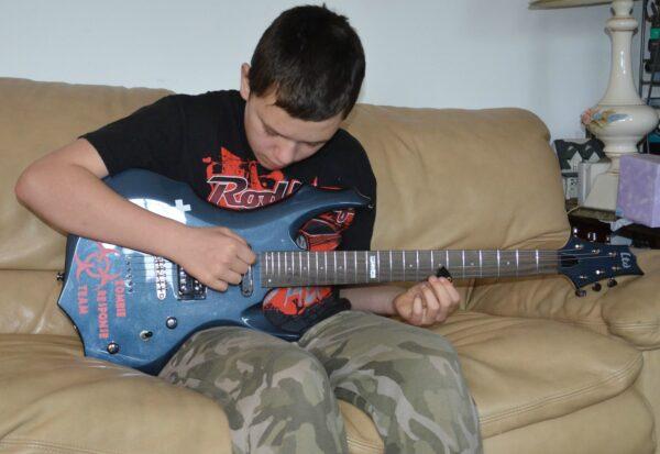 anthony guitar 2