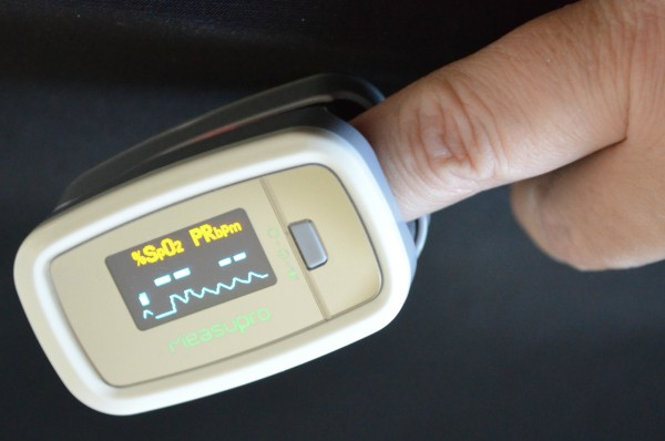 MeasuPro OX100 Instant Read Pulse Oximeter 2