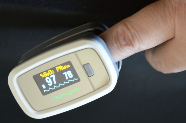 MeasuPro OX100 Instant Read Pulse Oximeter 3