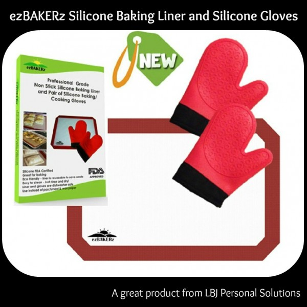 professional grade non stick silicone baking liner and pair of silicone baking and cooking gloves