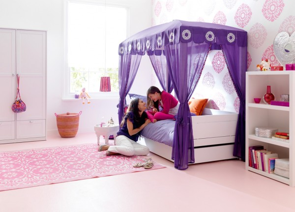 Cuckooland_Lifetime_Moroccan Bed with Beddrawer_Lifestyle 2_LR