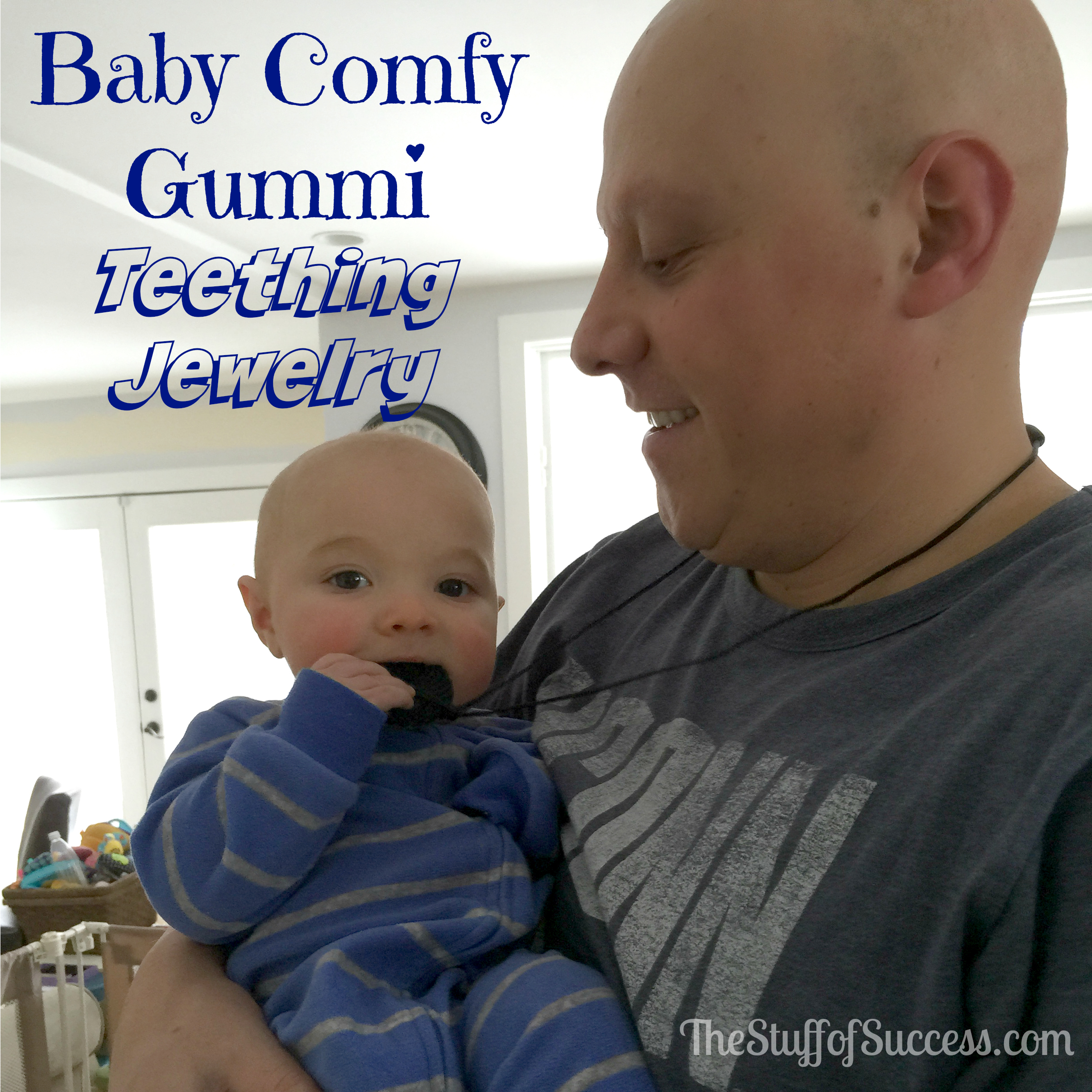 Baby Comfy Gummi Teething Jewelry In Action