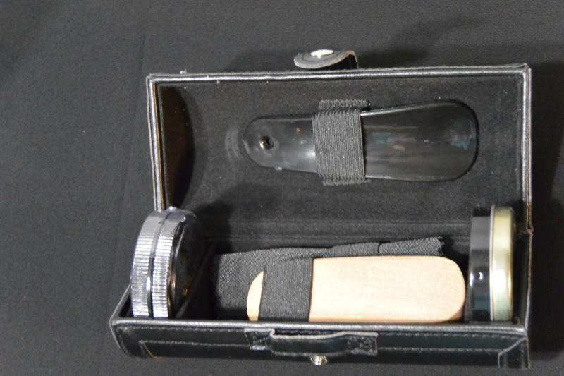 Shoe Shine Kit 3