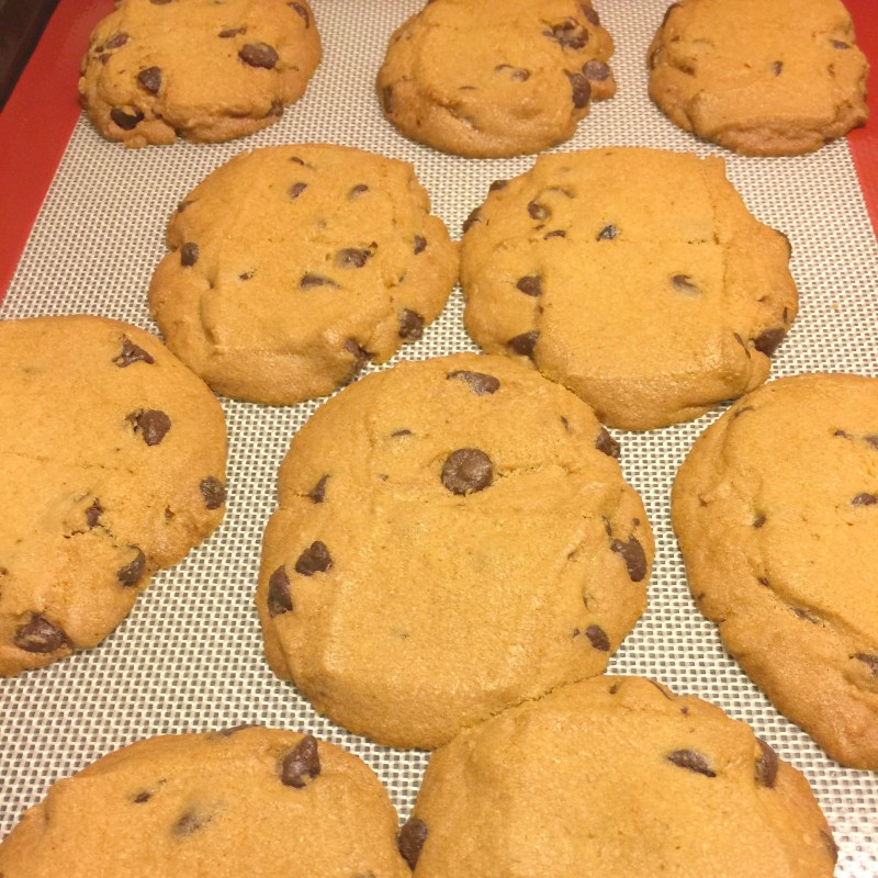 Frazoni Silicone Baking Mat Cookie Batch