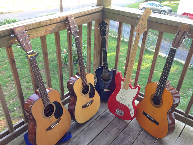 My guitars color