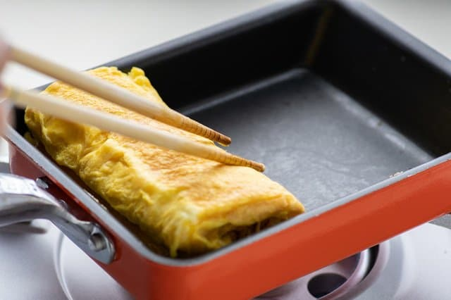 https://thestuffofsuccess.com/2021/06/10/the-best-japanese-kitchenware-for-japanese-food/