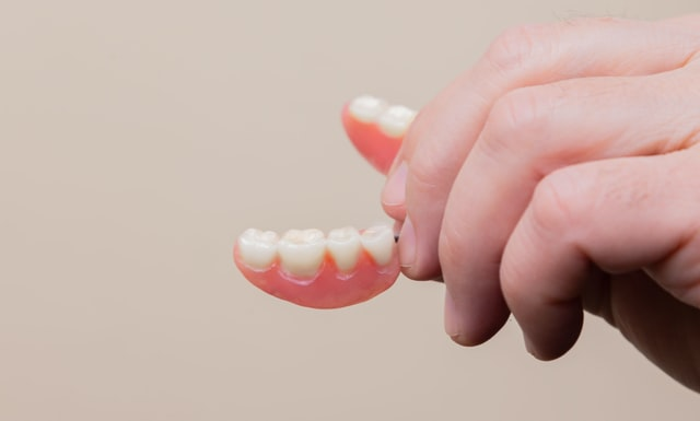 Use of Full and Partial Dentures to Replace Missing Teeth