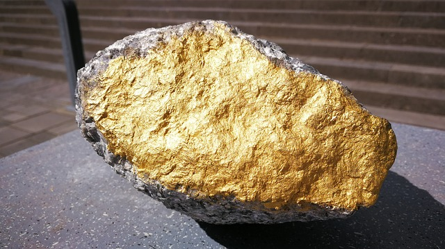Gold Nuggets: The Value of Gold and How to Invest